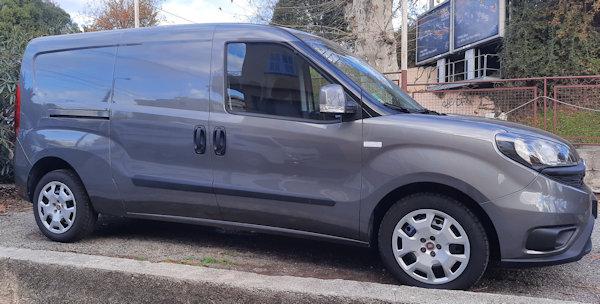Utilitaire Fiat Doblo Maxi 4 m3 à louer sur Grasse